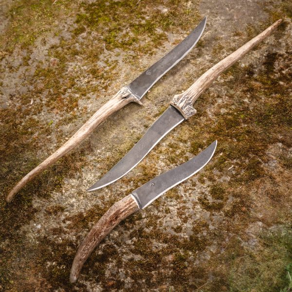 Long buckhorn knife
