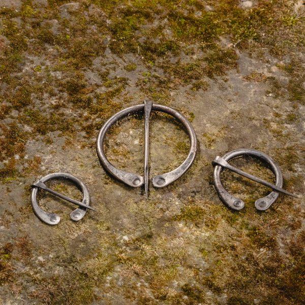 Steel Cloak Pin - Fibula (var 1)