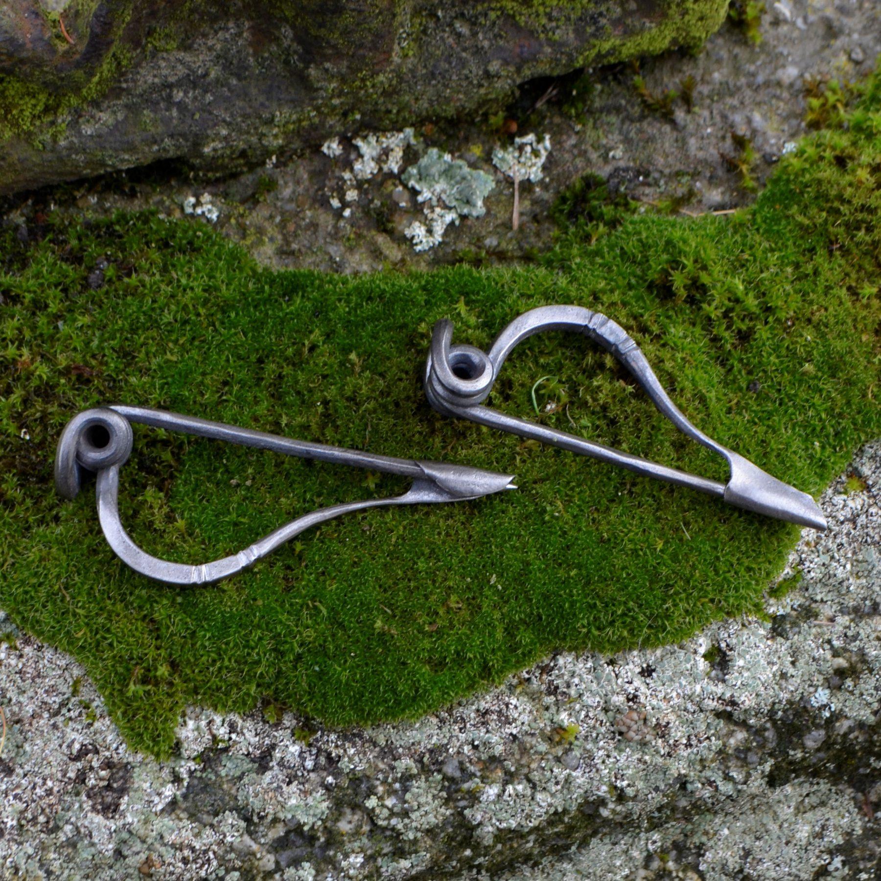 Germanic Cloak Pin, Kostrzewski Type N
