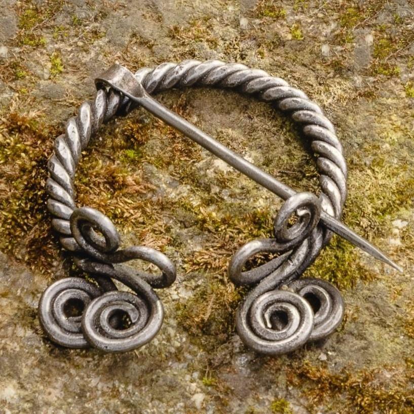 Braided Cloak Pin (Fibula) II