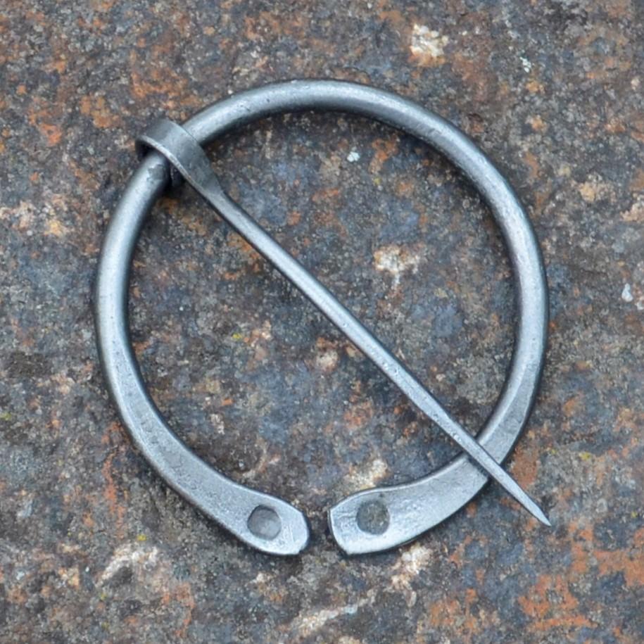 Cloak Pin (Fibula) – Simple III – Medium