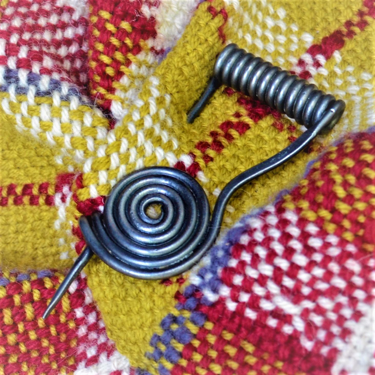 Cloak Pin (Fibula) – Harp – Steel